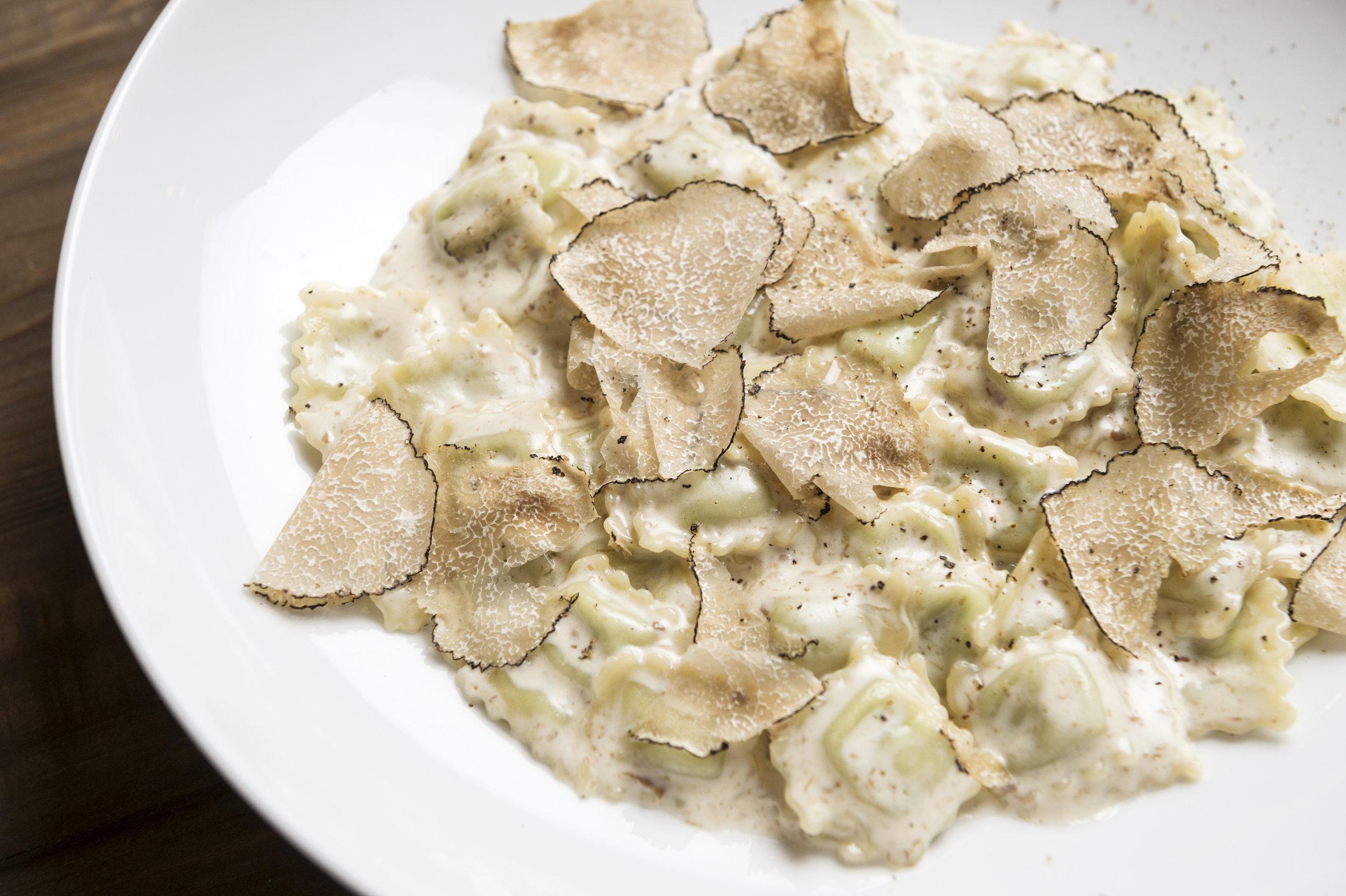 Raviolini with truffles