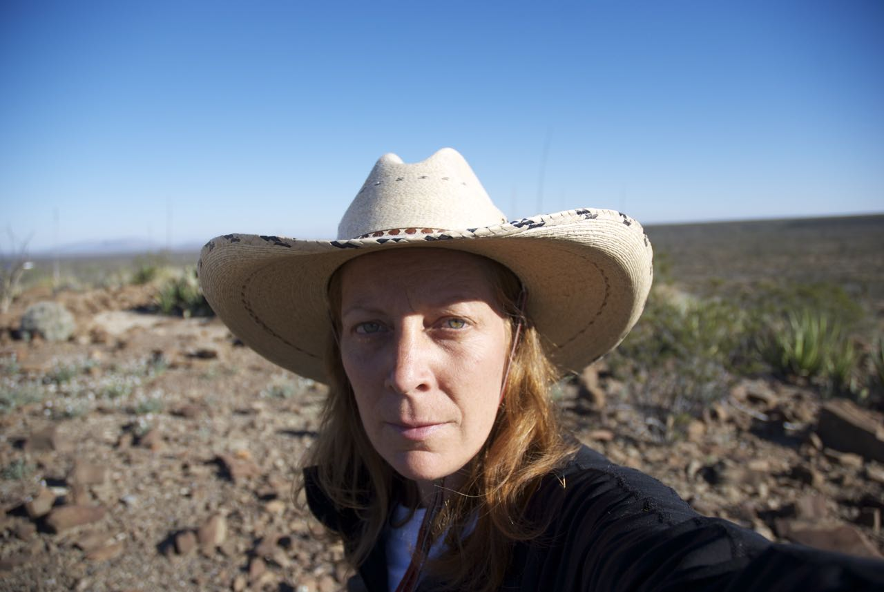 Big hat, big space.  Mexican desert 2010
