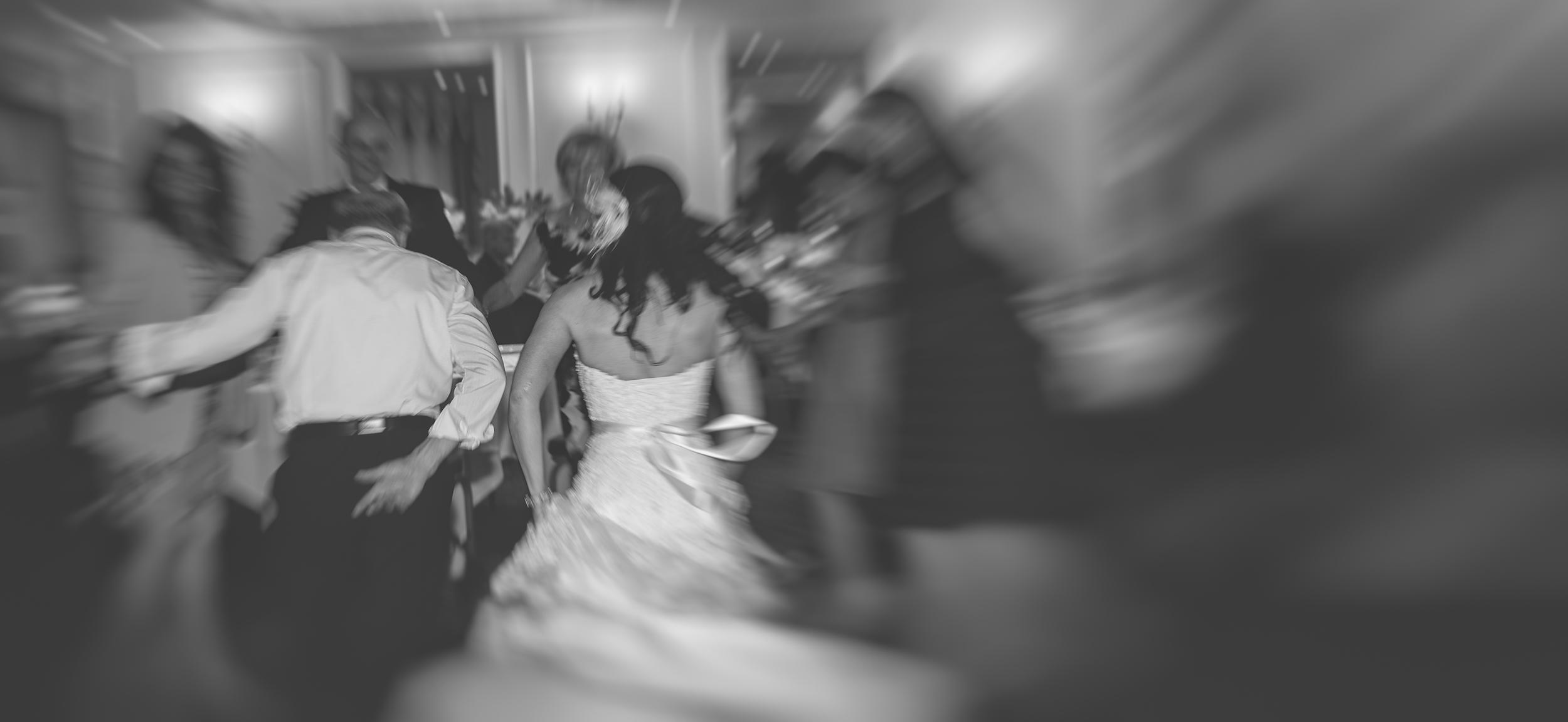 Crazy fast Romaninan dancing