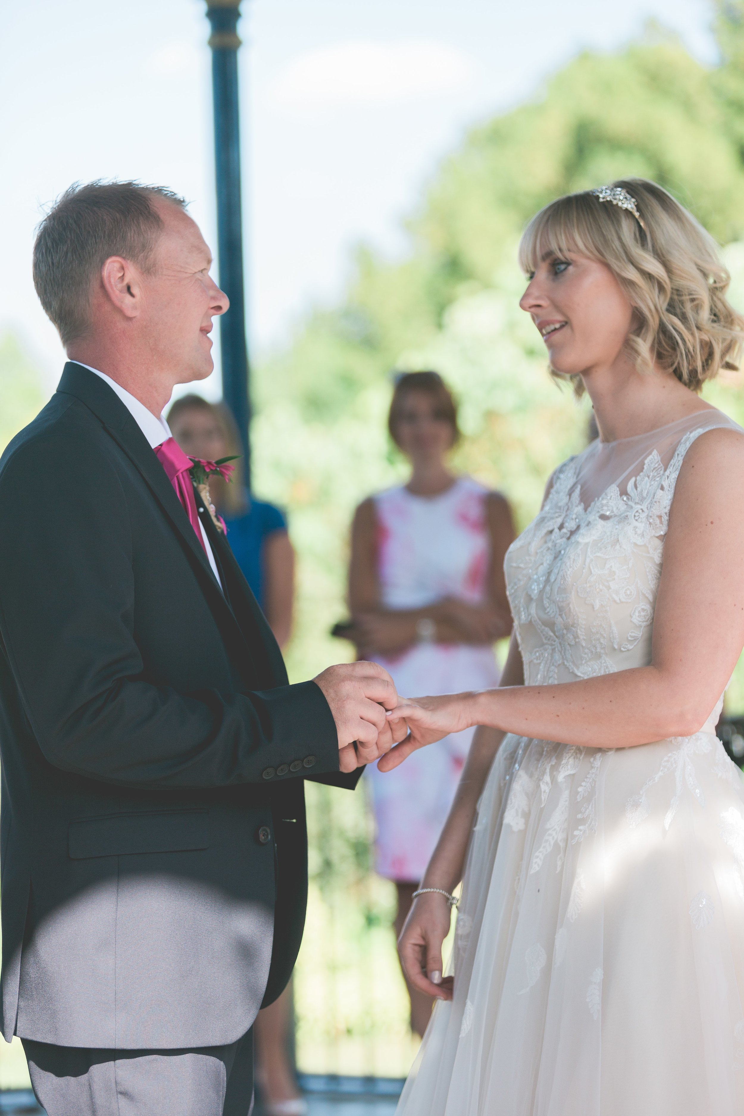 Mr&Mrs Prior-15.jpg
