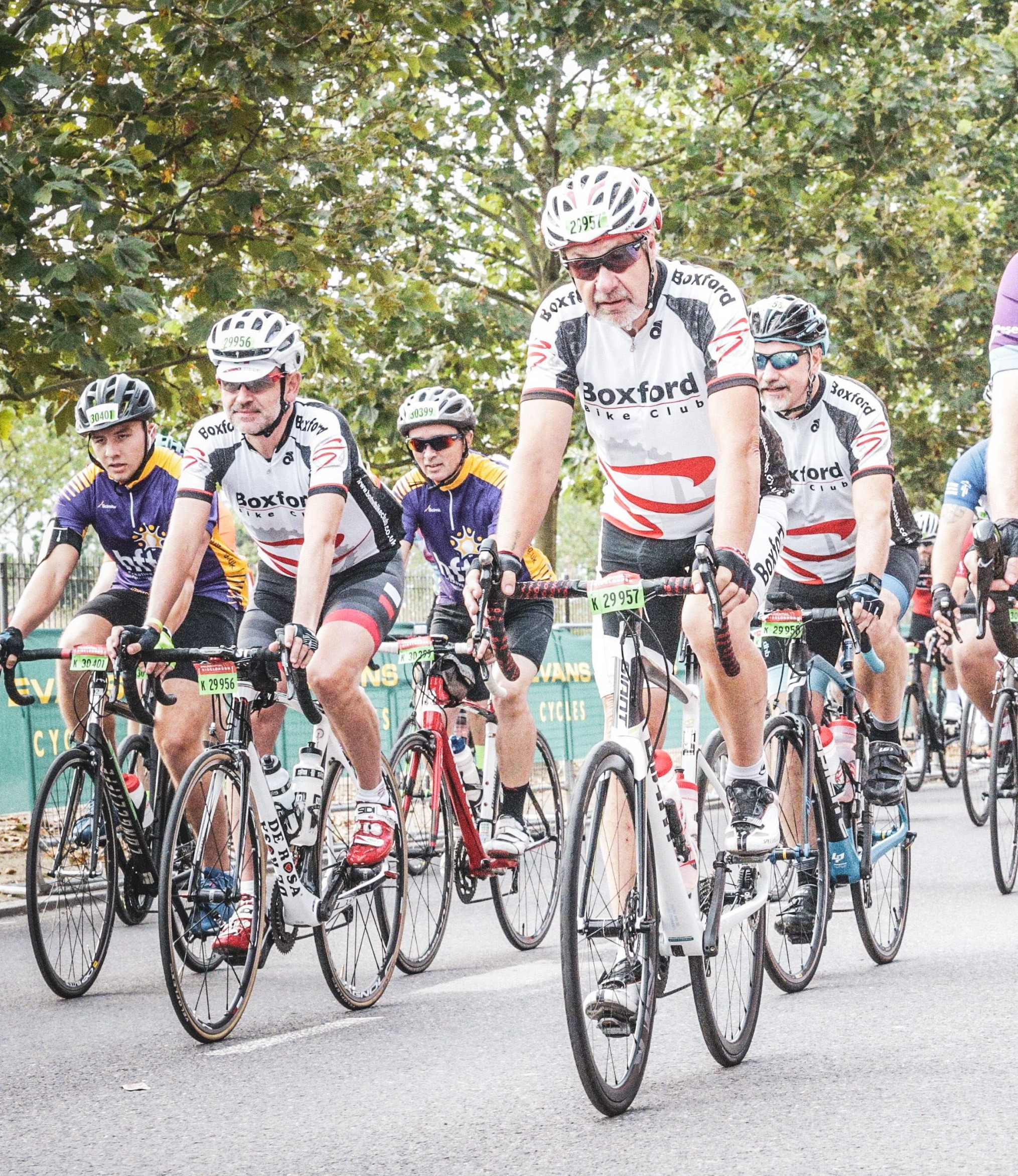 Ride London 2019 - Dave Humby, Mark Bramhall an dian Simpson at start.JPG