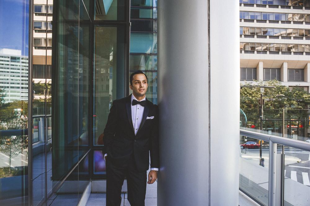 Viva_Love_Philadelphia_Wedding_Photographer_-1000.jpg