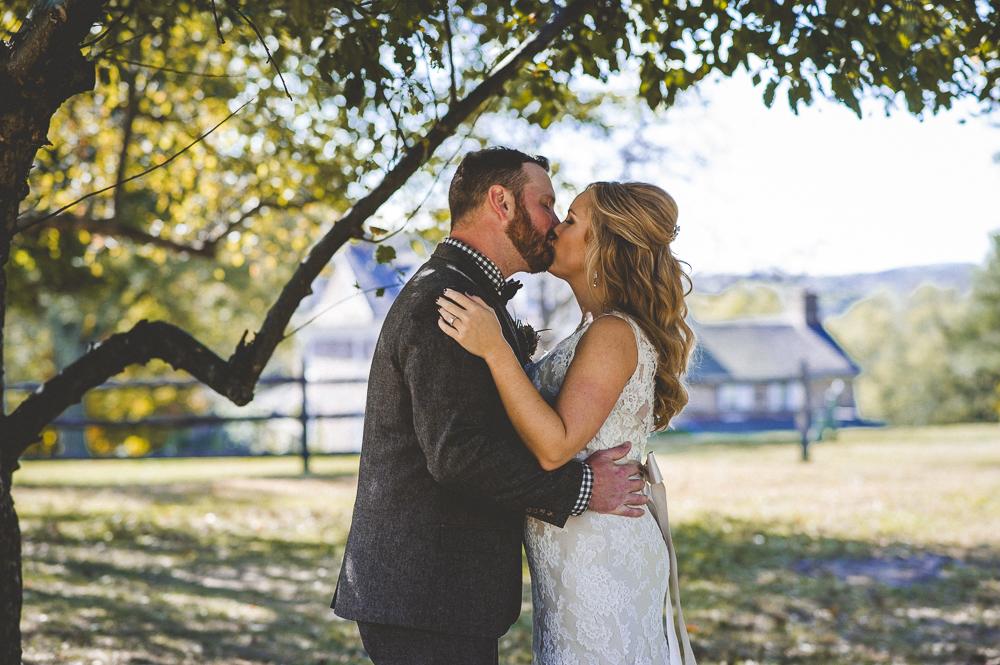 Viva_Love_Philadelphia_Wedding_Photographer_-1002.jpg