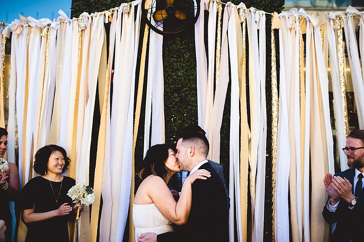 viva-love-philadelphia-wedding-photographer-new-york-dream-hotel-catch-roof-elopement_-0084_viva_love_philadelphia_wedding_photographer.jpg