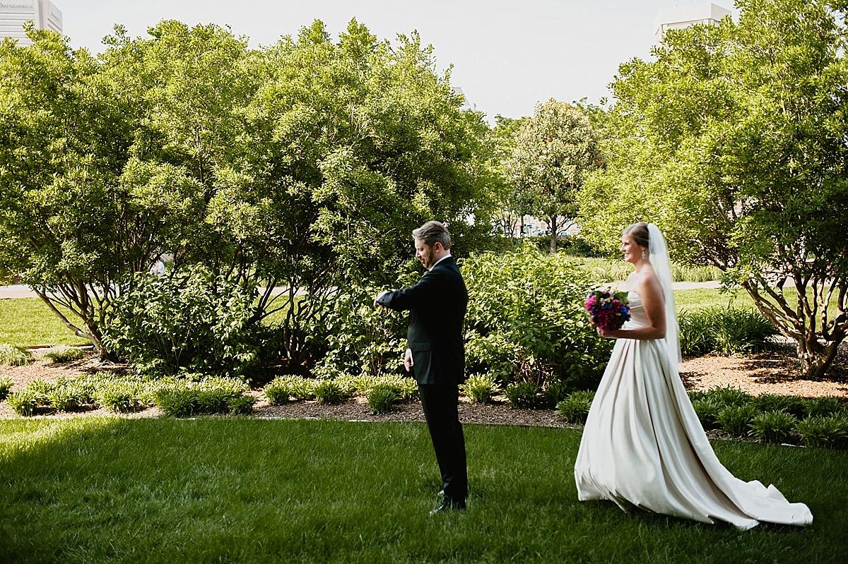 Jamie+Zac_3026_viva_love_philadelphia_wedding_photographer.jpg