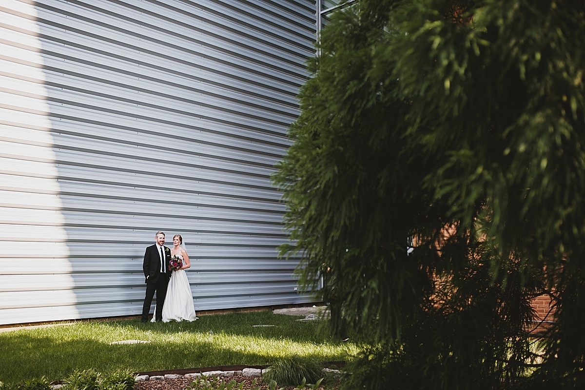 Jamie+Zac_3065_viva_love_philadelphia_wedding_photographer.jpg