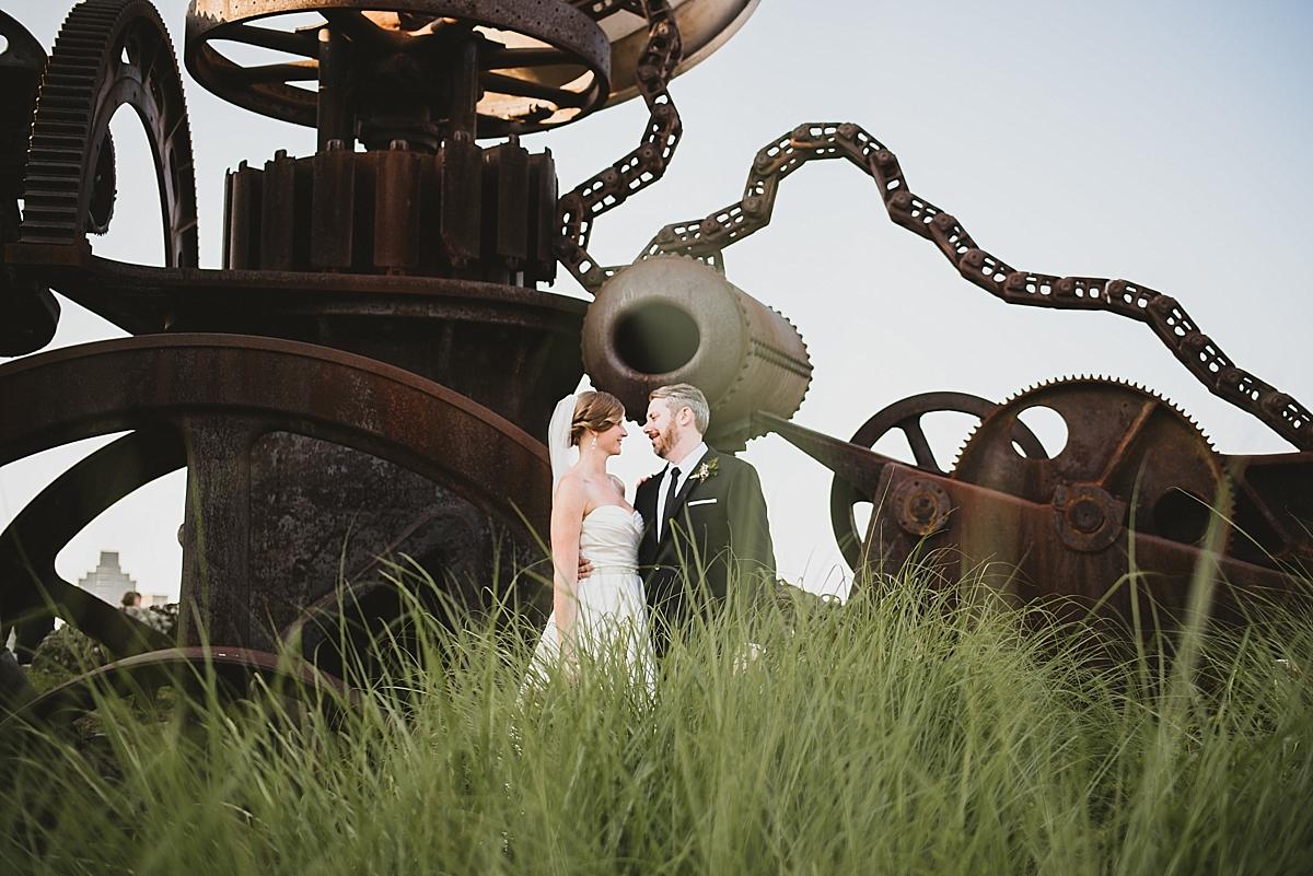 Jamie+Zac_3210_viva_love_philadelphia_wedding_photographer.jpg