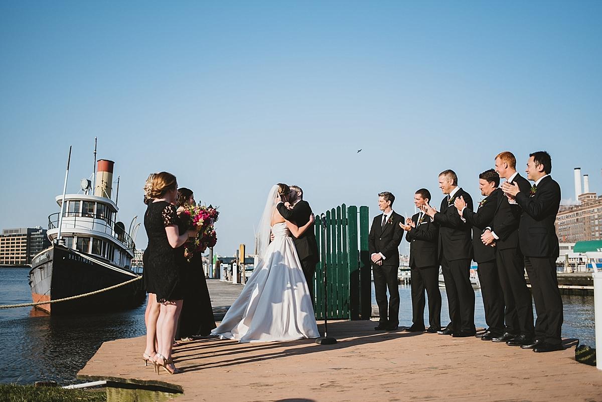 Jamie+Zac_4107_viva_love_philadelphia_wedding_photographer.jpg