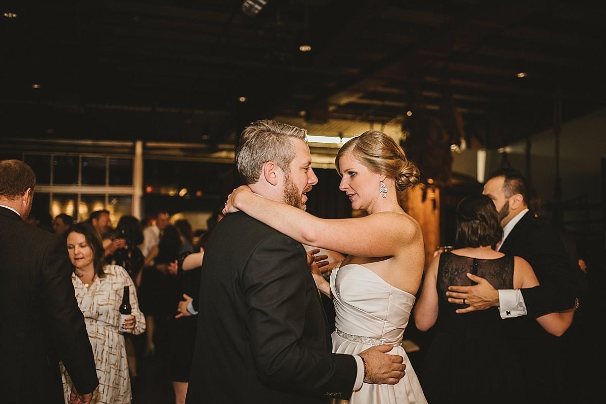 Jamie+Zac_5122_viva_love_philadelphia_wedding_photographer.jpg