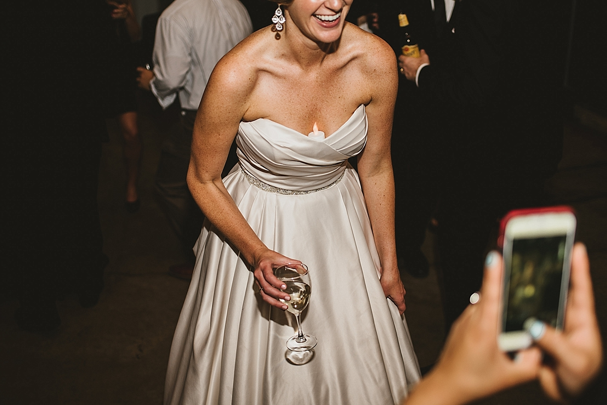 Jamie+Zac_5162_viva_love_philadelphia_wedding_photographer.jpg