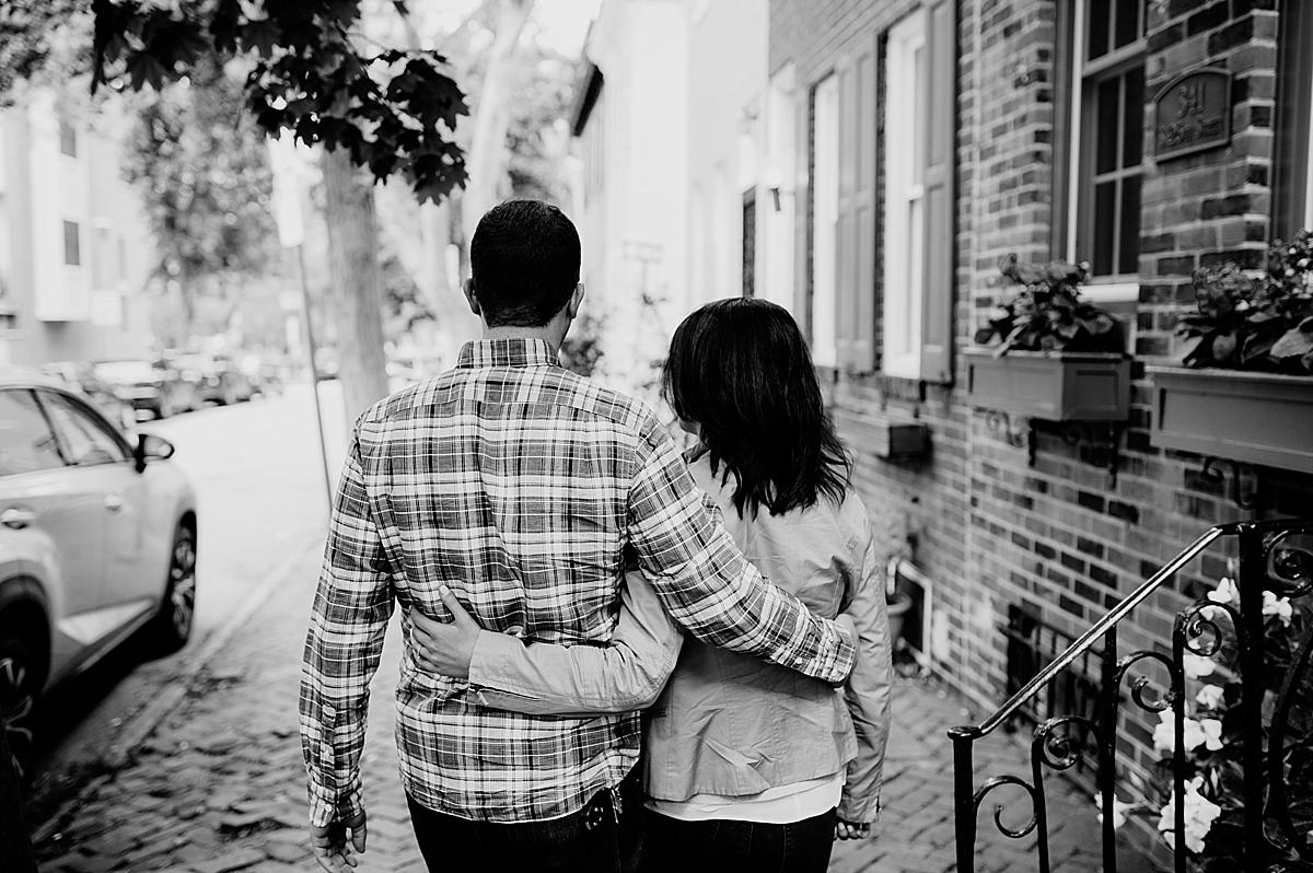 SarahZach-4_viva-love-philadelphia-wedding-photographer-philly-engagement_.jpg