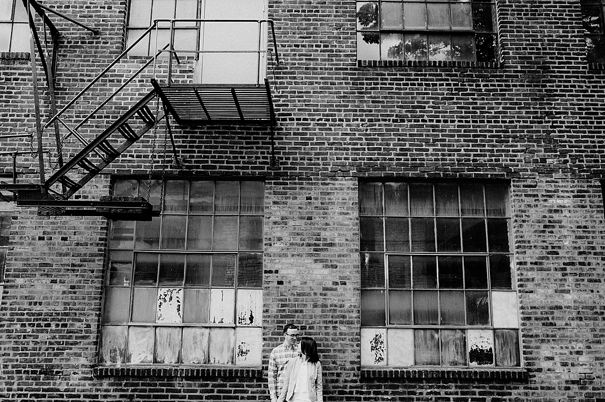 SarahZach-26_viva-love-philadelphia-wedding-photographer-philly-engagement_.jpg