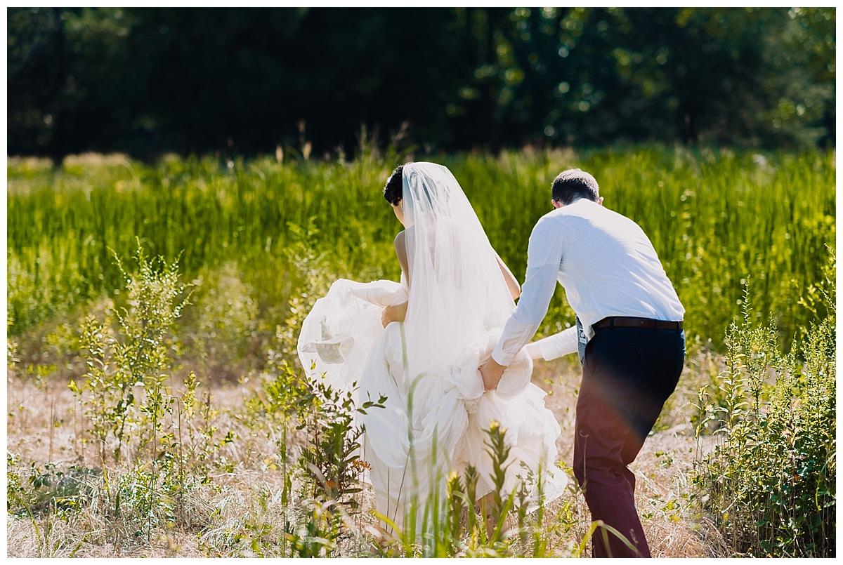 vivalove-sarah-zac-new-hope-pennsylvania-bowman-tower-wildflower-preserve-wedding_0147.jpg