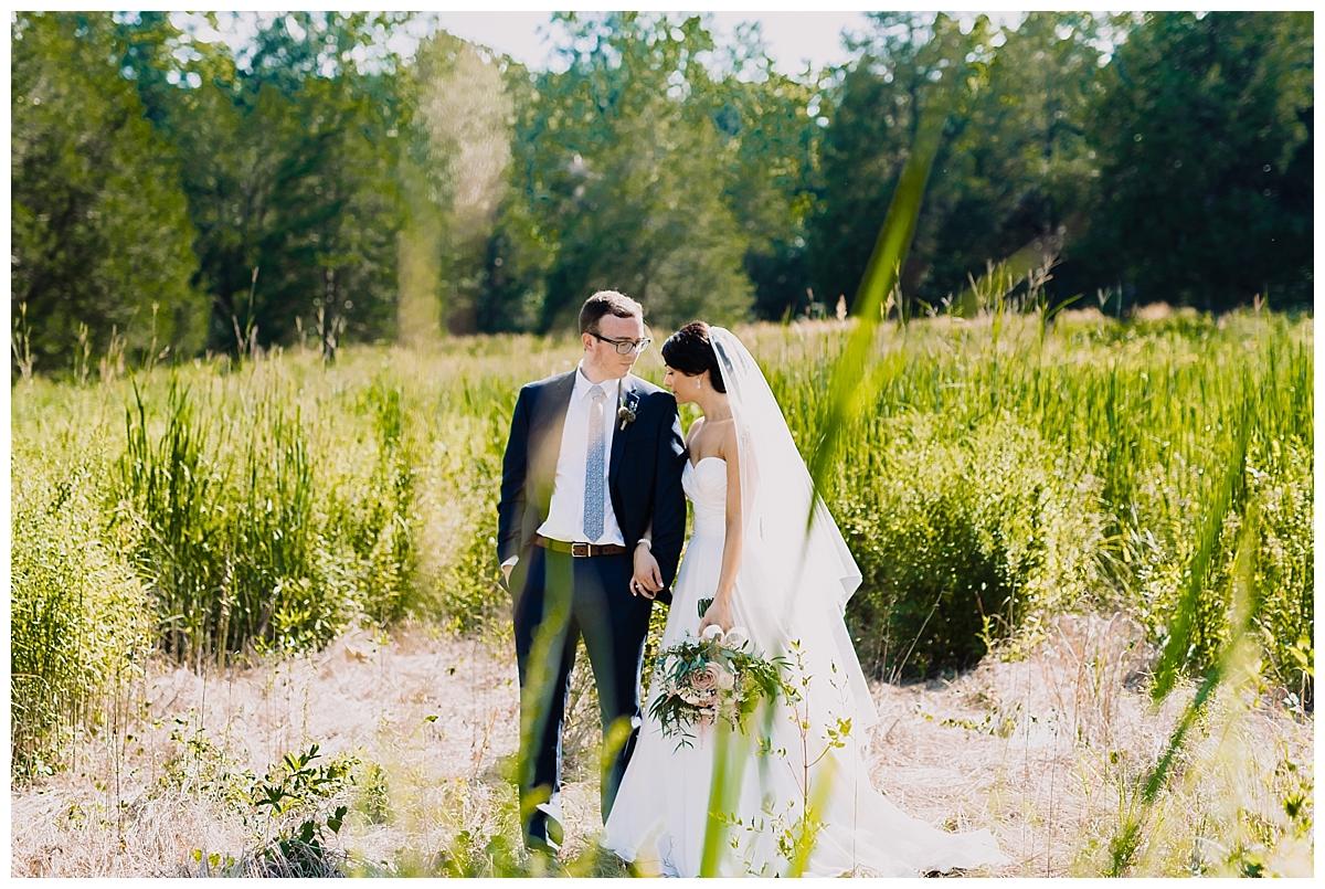 vivalove-sarah-zac-new-hope-pennsylvania-bowman-tower-wildflower-preserve-wedding_0150.jpg