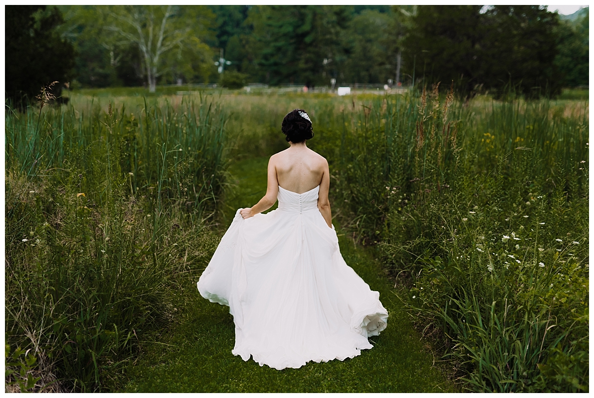 vivalove-sarah-zac-new-hope-pennsylvania-bowman-tower-wildflower-preserve-wedding_0157.jpg