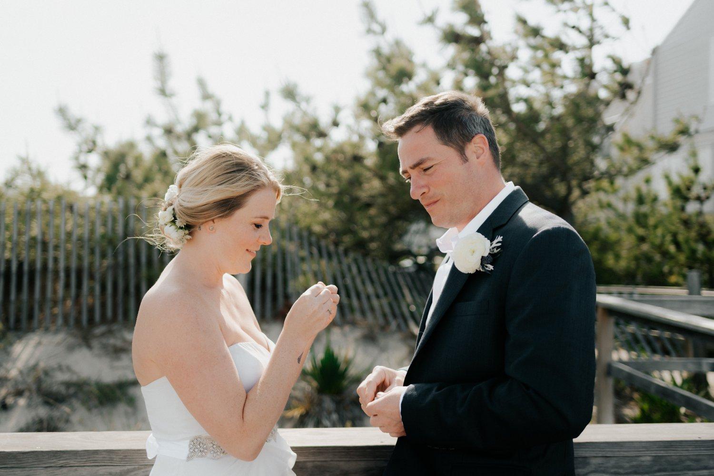 philadelpia-new-jersey-wedding-photographer-beach-backyard-stringlights-fun_0289.jpg