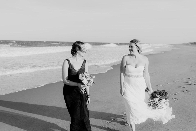 philadelpia-new-jersey-wedding-photographer-beach-backyard-stringlights-fun_0293.jpg