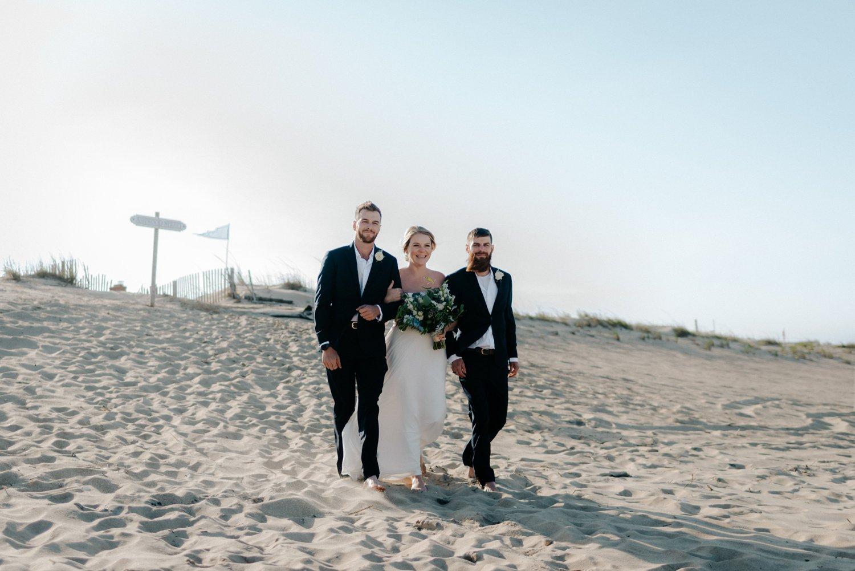 philadelpia-new-jersey-wedding-photographer-beach-backyard-stringlights-fun_0301.jpg