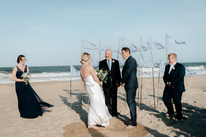 philadelpia-new-jersey-wedding-photographer-beach-backyard-stringlights-fun_0302.jpg