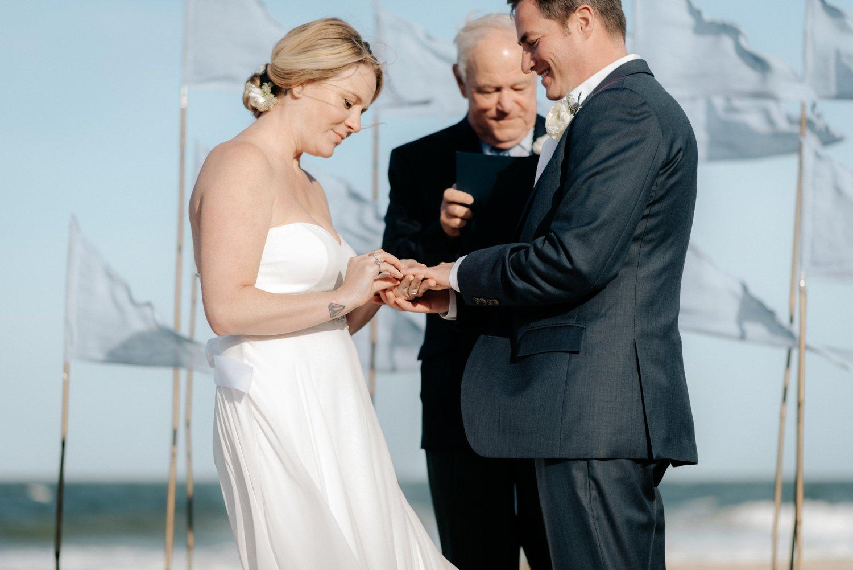 philadelpia-new-jersey-wedding-photographer-beach-backyard-stringlights-fun_0308.jpg