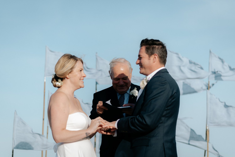 philadelpia-new-jersey-wedding-photographer-beach-backyard-stringlights-fun_0309.jpg
