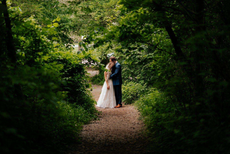 philadelpia-new-jersey-wedding-photographer-moody-reception-design-details-placesetting_0342.jpg