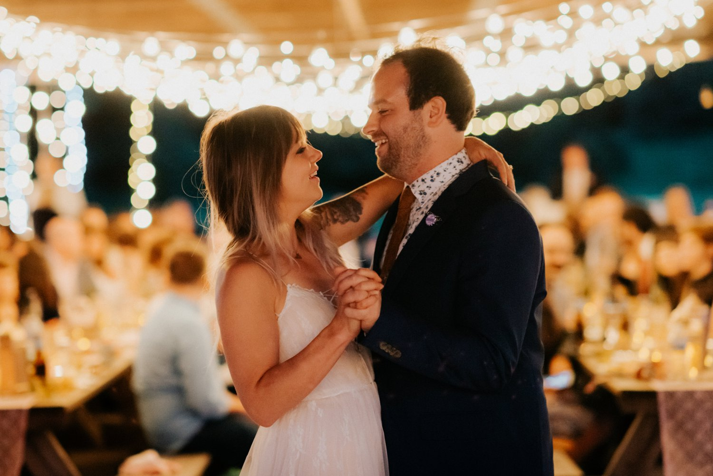 philadelpia-new-jersey-wedding-photographer-moody-reception-design-details-placesetting_0355.jpg