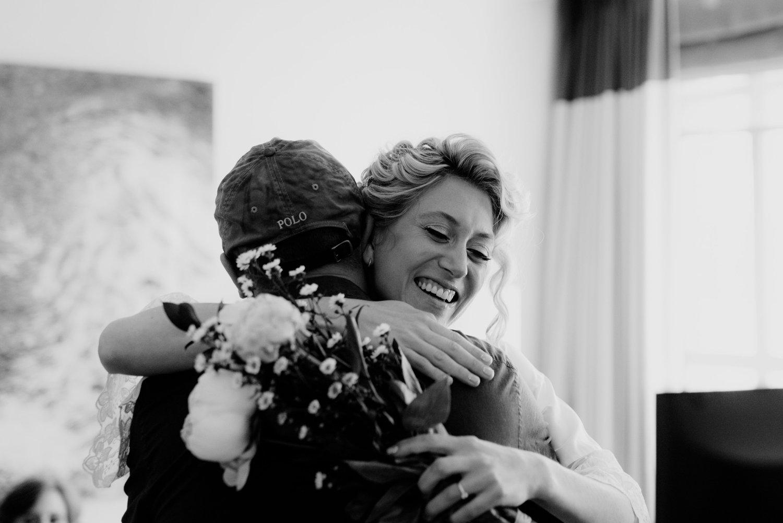 philadelpia-new-jersey-wedding-photographer-moody-reception-design-details-cityscape_0375.jpg