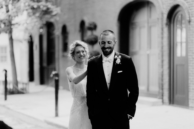philadelpia-new-jersey-wedding-photographer-moody-reception-design-details-cityscape_0382.jpg