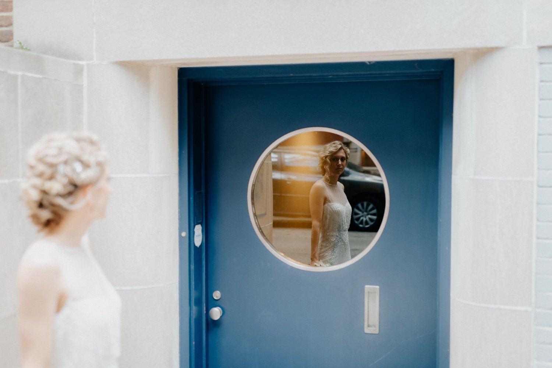philadelpia-new-jersey-wedding-photographer-moody-reception-design-details-cityscape_0384.jpg