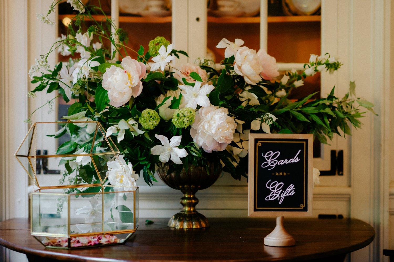 philadelpia-new-jersey-wedding-photographer-moody-reception-design-details-cityscape_0389.jpg