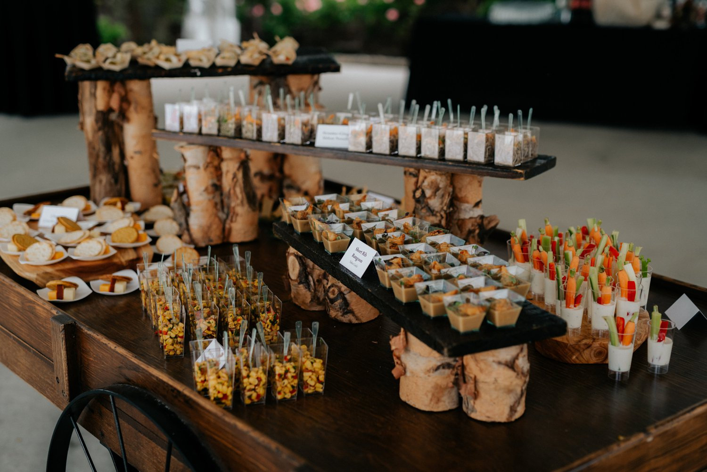 philadelpia-new-jersey-wedding-photographer-moody-reception-design-details-cityscape_0423.jpg