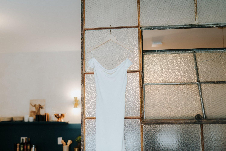philadelpia-new-jersey-wedding-photographer-moody-reception-design-details-dress_0538.jpg