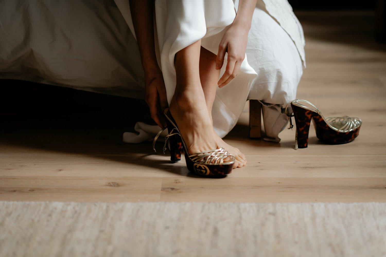 philadelpia-new-jersey-wedding-photographer-moody-reception-design-details-dress_0541.jpg