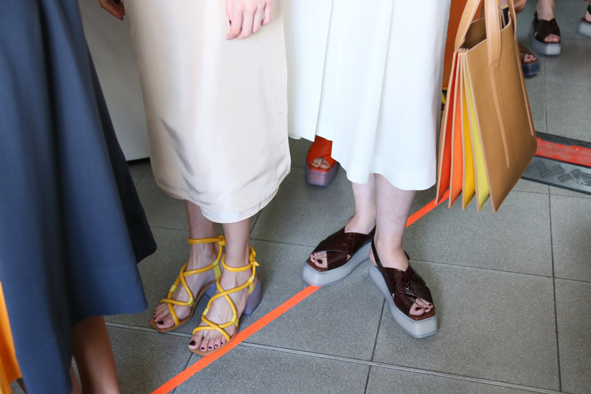 stories-ss16-womens-show-backstage-2.jpg