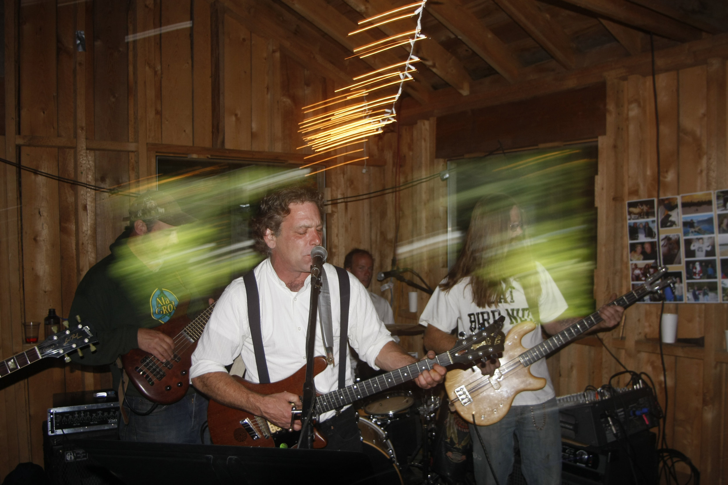 band loose gravel.jpg