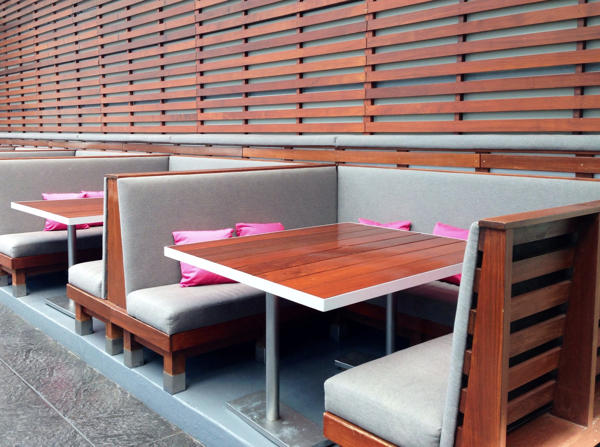 WITHotelRoofChicago-RecoveredInteriorUpholstery2