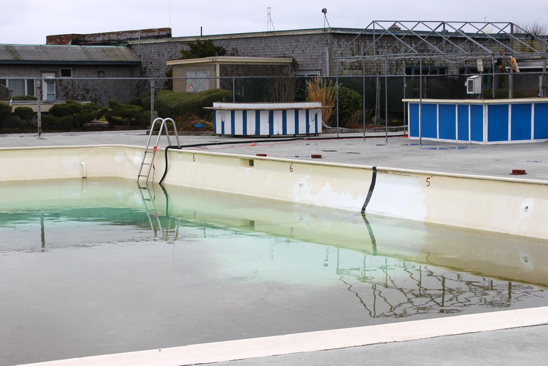 pool_web.jpg