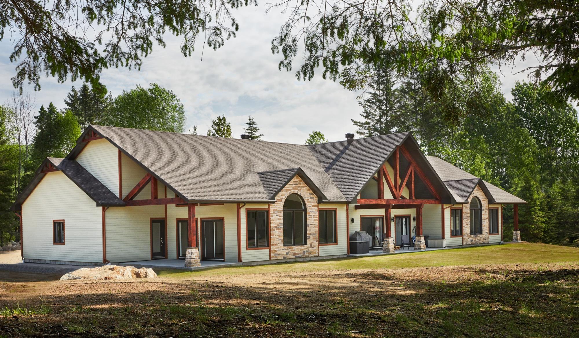 Condo du Golf de Mont-Laurier Qc.   Photographe d'architecture pour Groupe Piché.