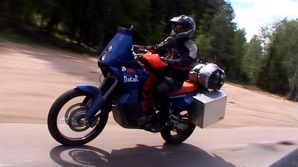 KTM Adventure 950.jpg
