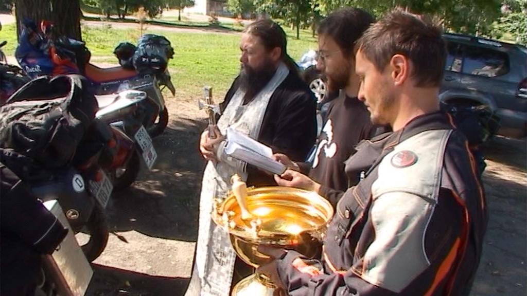 Motorradsegnung, Russland.jpg