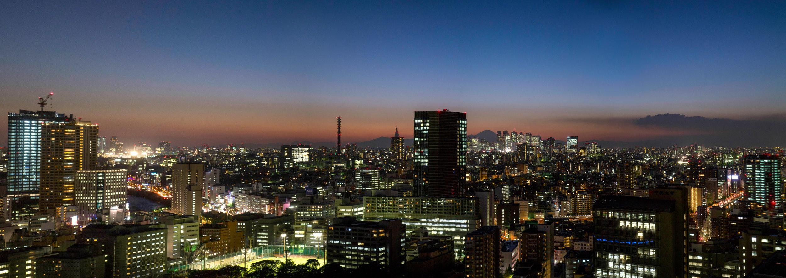 Tokyo Civic Pano-2.jpg