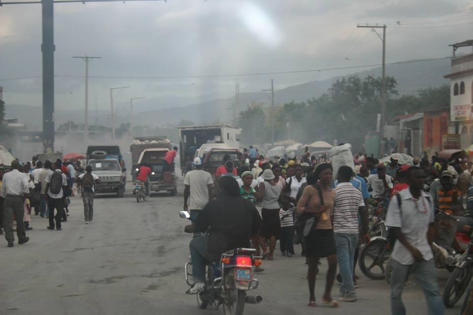 haiti street.jpg