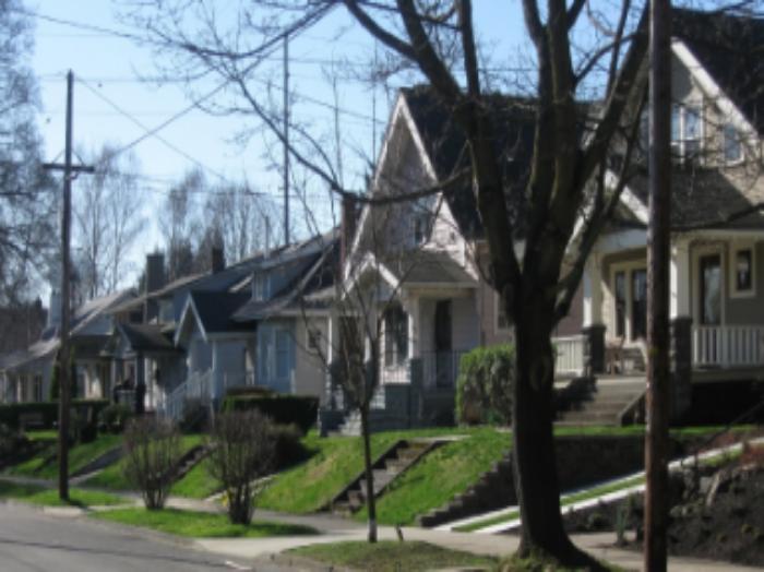 NE Eighth Avenue in Irvington