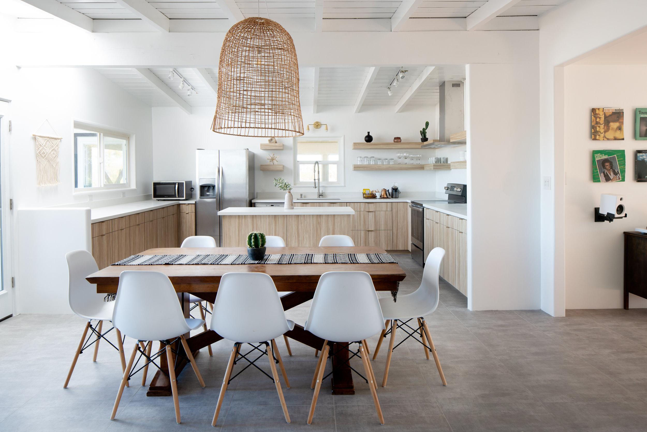 20181208_MoonDance-Int-Kitchen.jpg