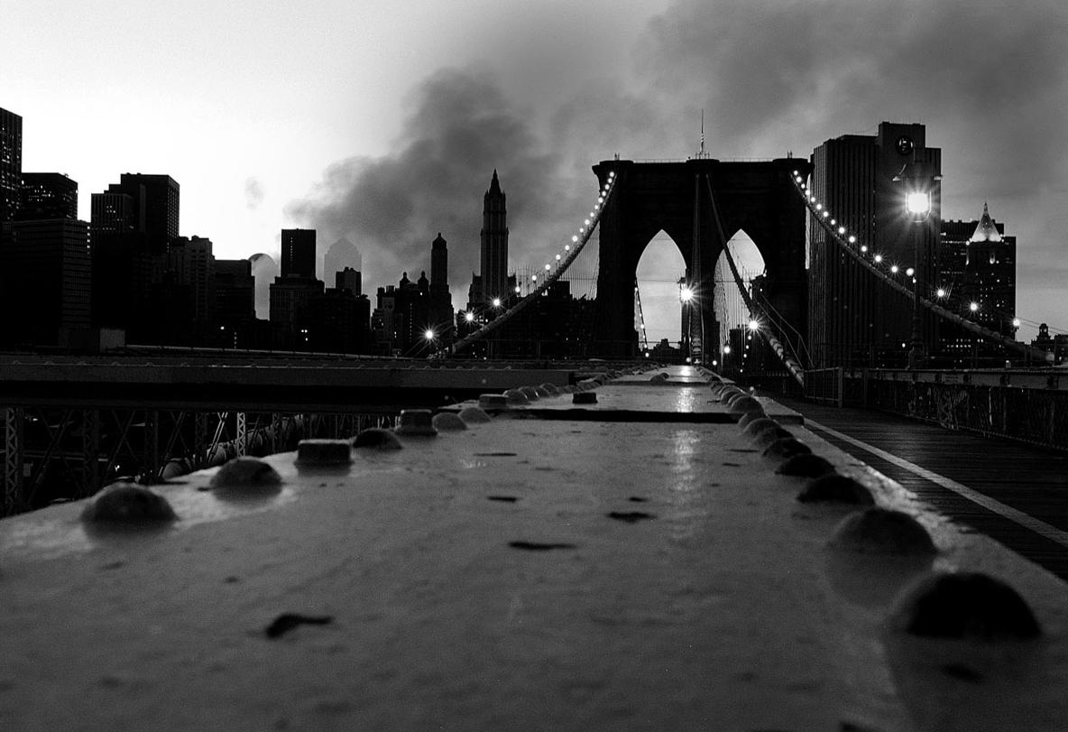 STILL SMOKIN' - BROOKLYN BRIDGE - 9/12/2001