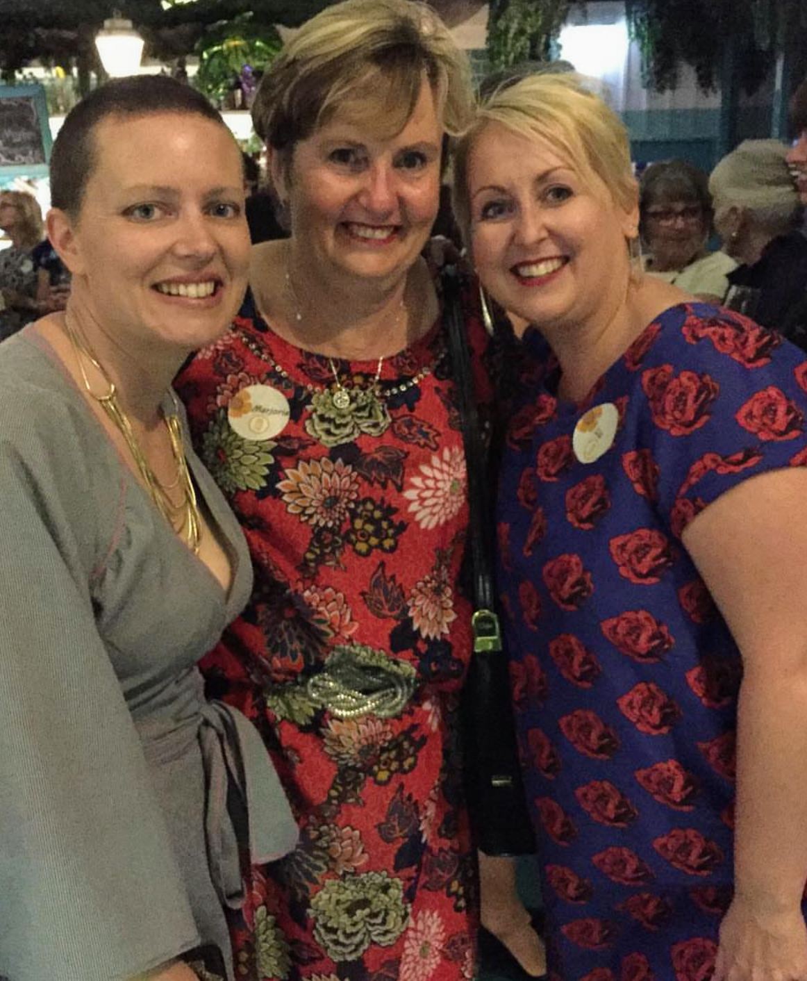 Having a Frocktail moment with Jen from @the_stitcher_and_gatherer & Liz from @_busylizzie