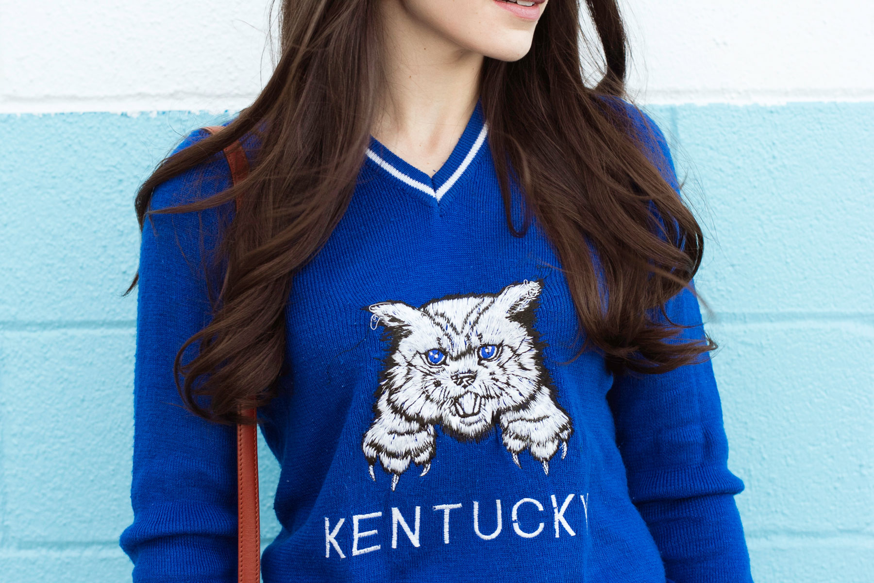University of Kentucky Sweater, Vintage Varsity Sweater, UK Style, Game Day Style, Vintage Louis Vuitton Crossbody Bag, Blue Suede Pumps, Current Elliott Boyfriend Jeans