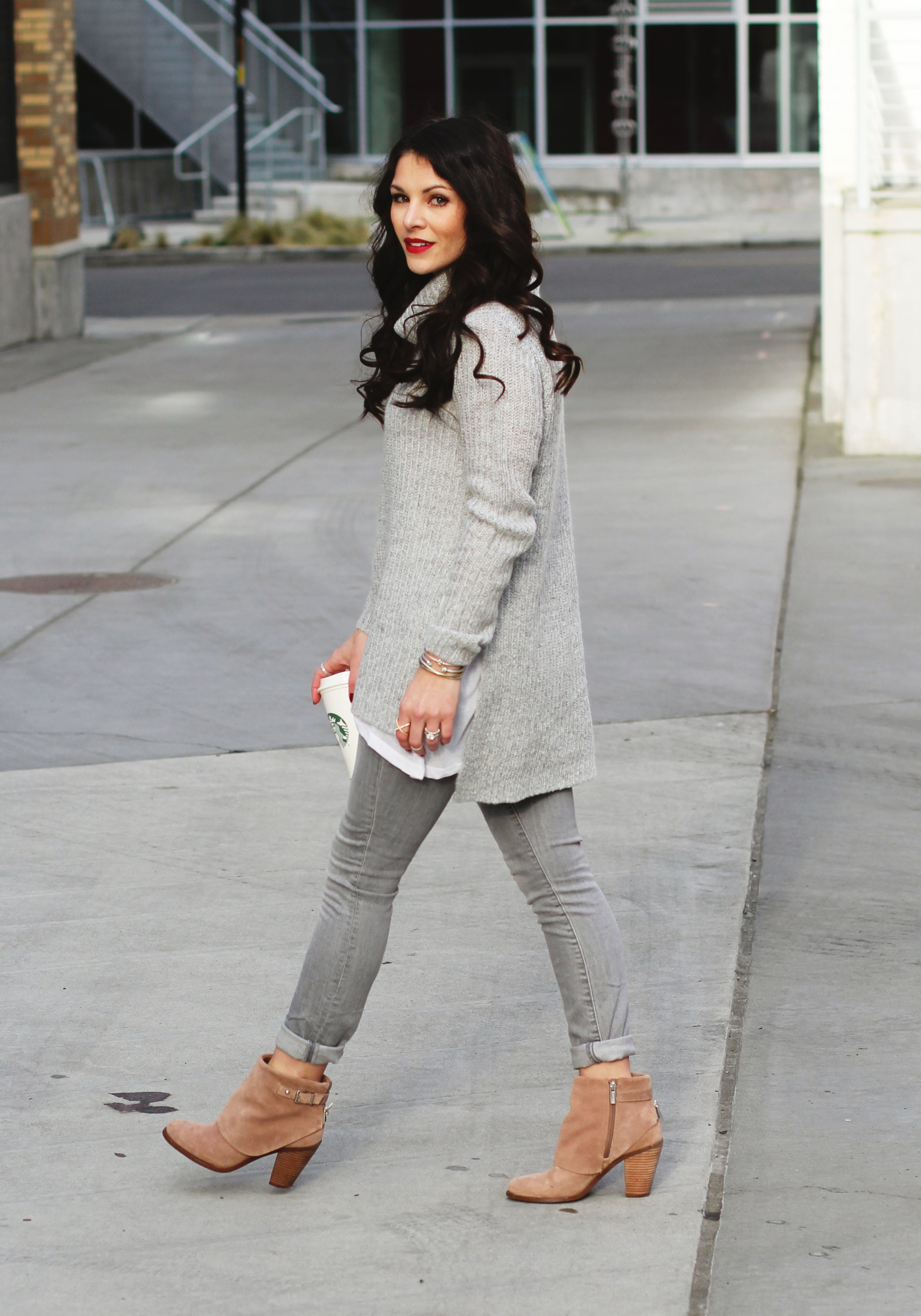 Winter Gray Outfit, Groutfit, Gray Turtleneck Sweater, GAP Gray Skinny Jeans, Jessica Simpson Cassley Covered Booties, David Yurman Bracelets