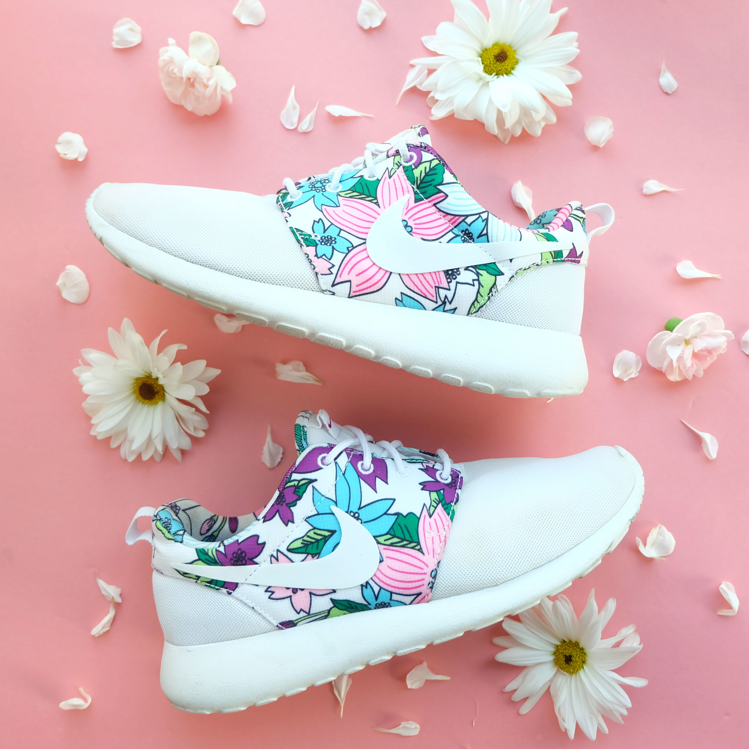 Nike Roshe Run Sneakers with Floral Print, Cute Running Shoes for Summer 2016